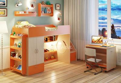Кровать-чердак 3.6 со столом и полочками